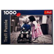 упаковка игры Пазл Первый поцелуй 1000 элементов Trefl